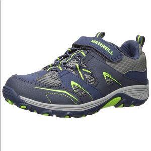NIB Merrell Trail Chaser Sneaker/Hiker. Size 3